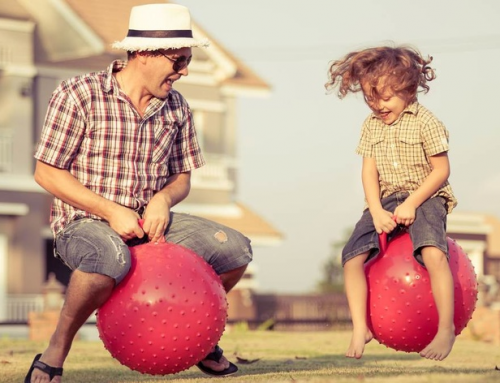Bebeluşii care petrec timp de calitate cu părinţii lor învaţă mai repede, potrivit unui studiu